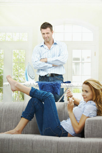 8 Helpful Tips on How to Handle a Lazy Husband