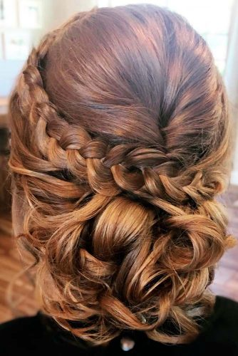 Beautiful Graduation Updo Hairstyles picture 1
