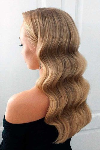 Retro Waves #longhair #blondehair #wavyhair