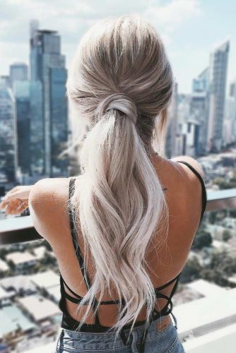 Beautiful Low Ponytail For Elegant Ladies picture 2
