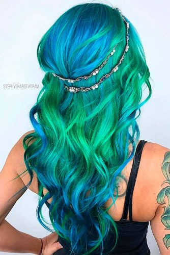 Trendy Green and Blue Ombre Hair Colors picture 1