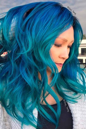 Trendy Green and Blue Ombre Hair Colors picture 3