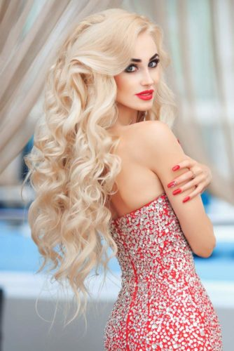 11 Fun and Easy Hairstyles for Long Hair