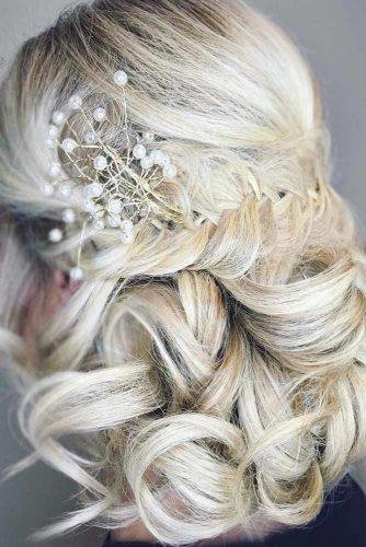 Nice Curly Hairstyles For Short Hair picture 5