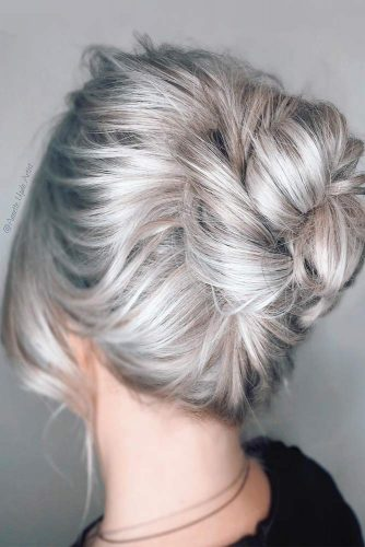 Stylish Neat Bun For Prom Evening picture 2
