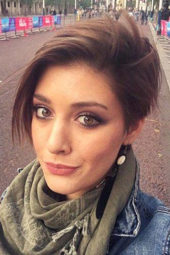 15 Stylish Short Haircuts for Women