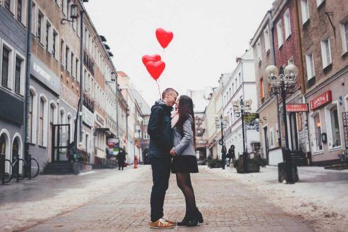 Signs That Someone is Falling in Love With You