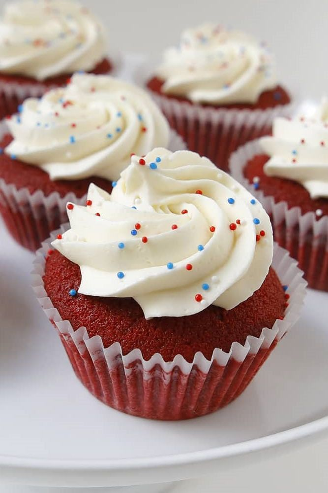 Simple 4th Of July Cupcake Idea #creamcupcake