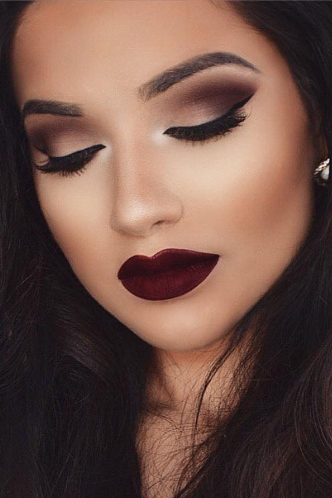 Smokey Eye Homecoming Makeup Ideas picture 1