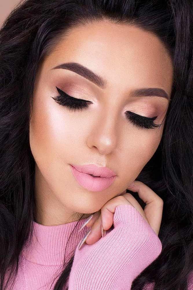 Trending Homecoming Makeup Ideas picture 3