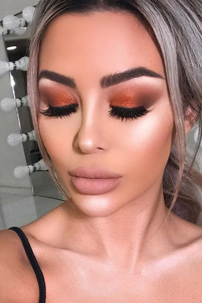 Homecoming Makeup with Nude Lipstick picture 5