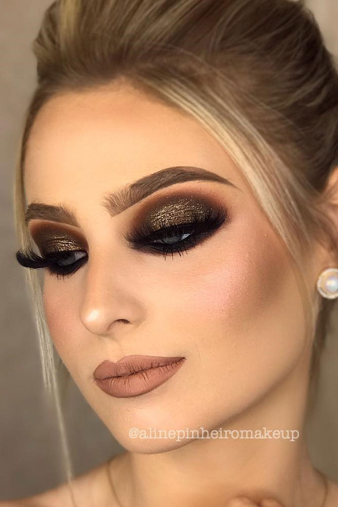 Smokey Eye Homecoming Makeup Ideas picture 5