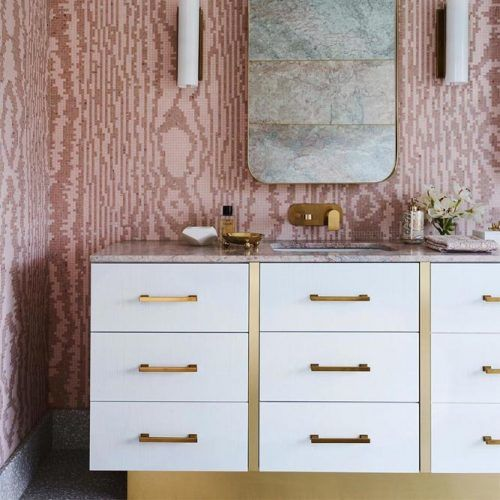 Classy White Vanity With Drawers #drawers #whitevanity
