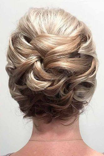 Knotted Updo Hairstyles #knottedupdo #sipmlehairstyles