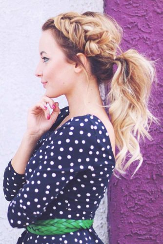 45 Most Cute and Beautiful Homecoming Hairstyles