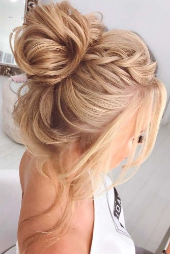 Amazing Updos for Elegant and Stylish Look picture 2