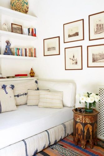 36 Cool Gallery Wall Decorating Ideas