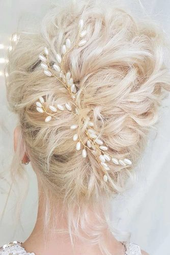Trendiest Hairstyles for the Big Night picture4