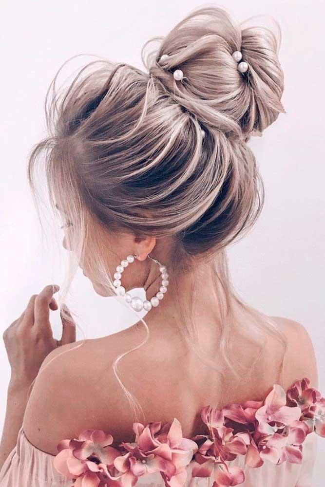 High Bun Hairstyles #hairupdo #prettyhairstyles