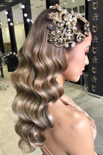 Trendiest Hairstyles for the Big Night picture5