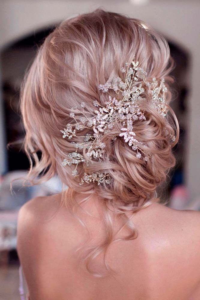 Messy Updo With Accessories #hairaccessories #hairupdo