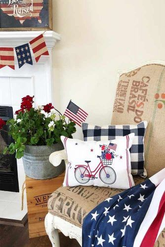 4th Of July Living Room Decorations #banner #pillows