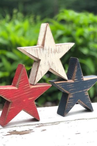 Rustic Stars Decorations #rusticdecorations