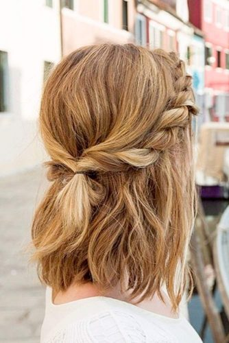 Trendy Short Hairstyles for Stylish Look picture 3