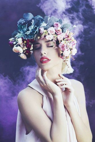Photoshoot Idea With Floral Crown #floralcrown #flowers