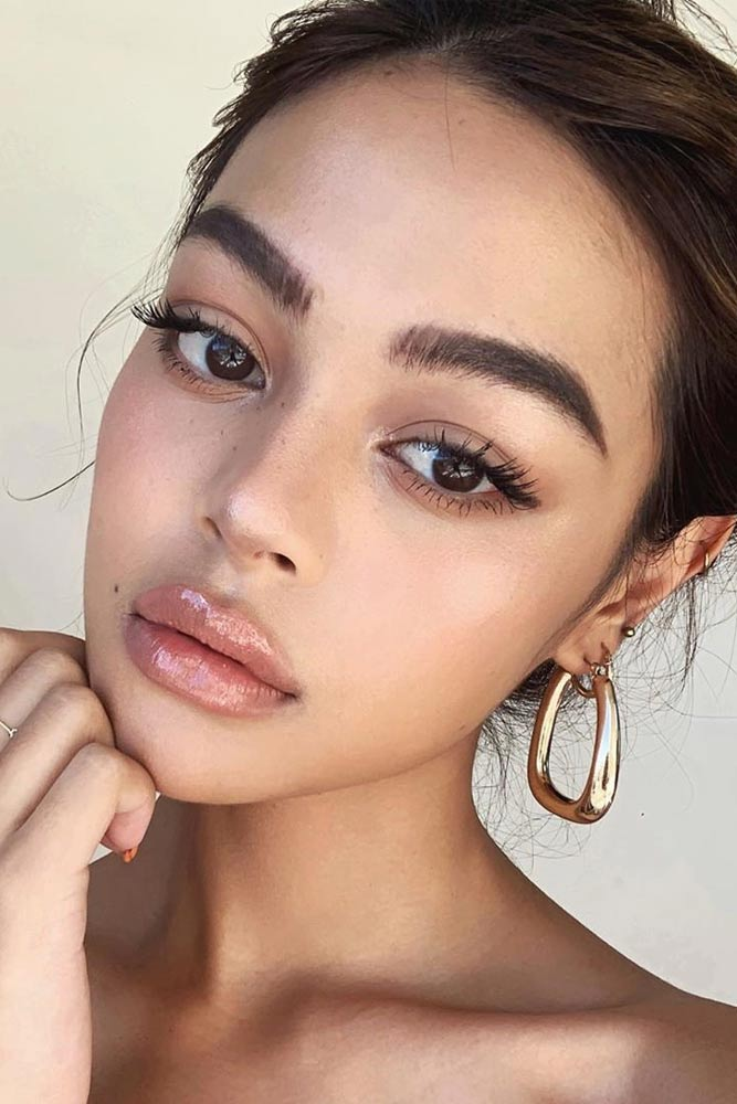 Soft Makeup With Clear Lipgloss #lipgloss