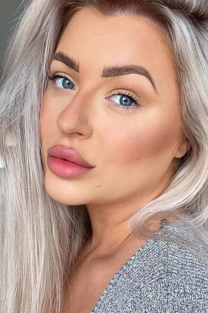 No Makeup Makeup Idea #fulllips #higharchedbrows
