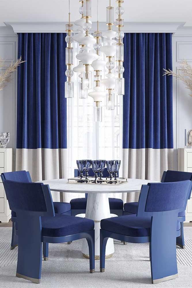 Modern White Blue Dining Room Idea #moderndinningroom