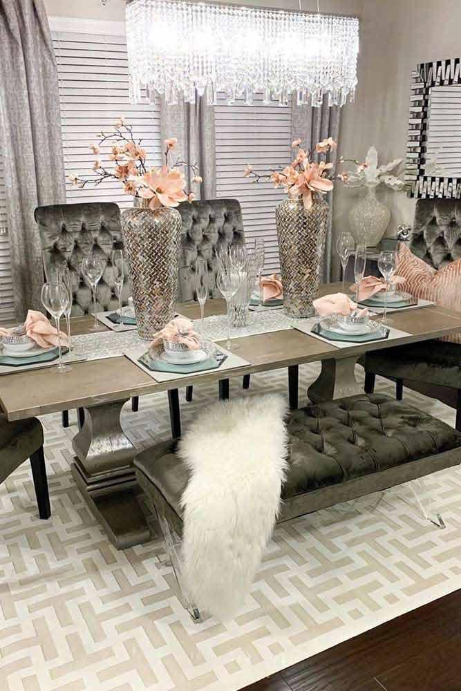 Modern Dining Room With Glam Furniture #modernstyle #luxuryfurniture