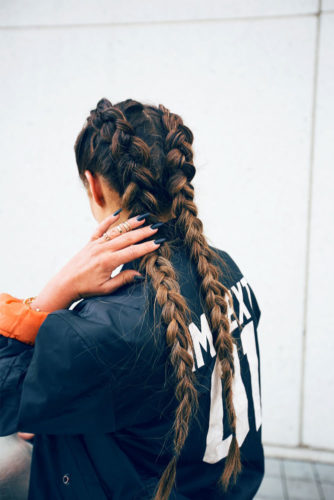 Beautiful and Easy Hairstyles for Long Hair picture 2