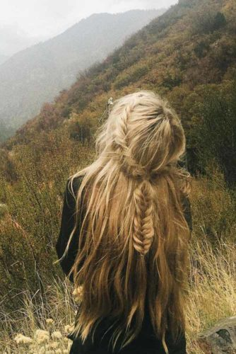 Beautiful and Easy Hairstyles for Long Hair picture 4