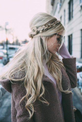 Cute Travel Hairstyles for Long Hair picture 6