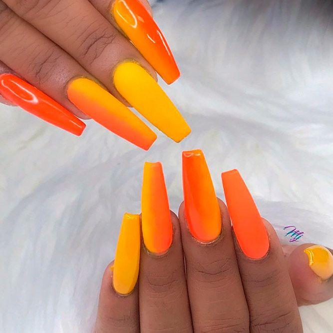 Orange Summer Ombre Nails #peachnails #verticalombrenails