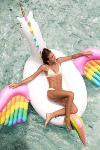 6 Popular Pool Floats to Have a Really Great Summer
