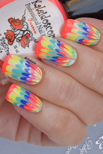 24 Amazing Rainbow Nails to Make You Smile