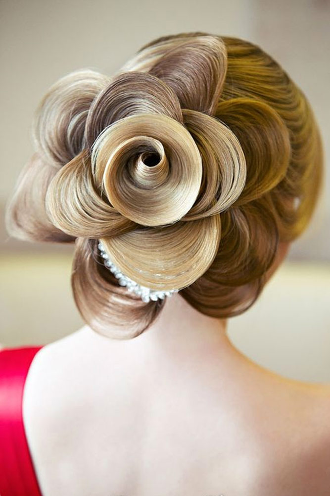 21 Glamorous Rose Hairstyles for Long Hair - Ideas from Daily to ...