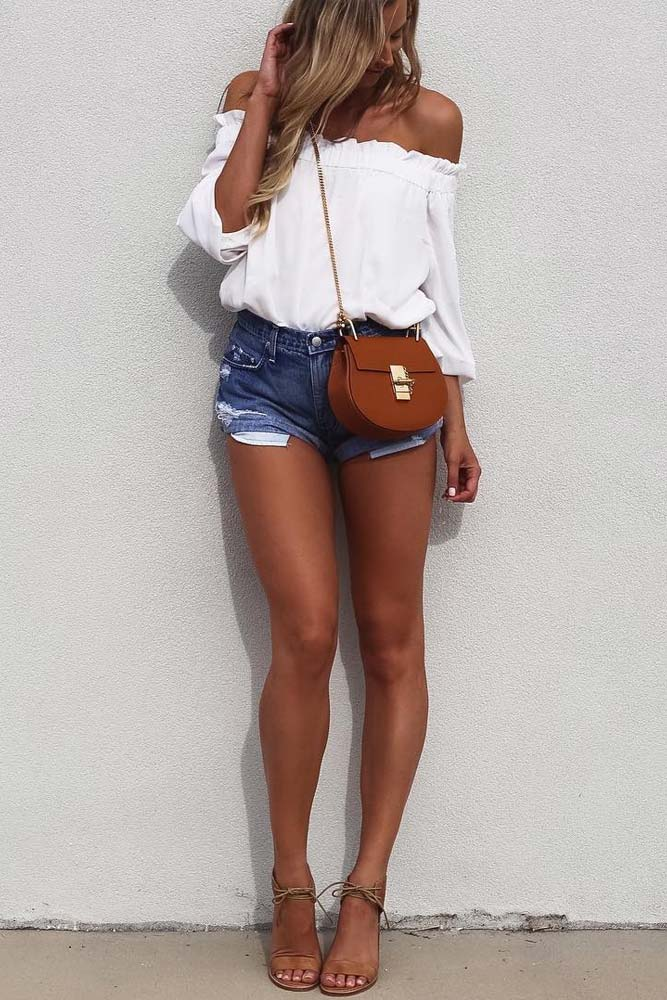 Cute Shoulder Tops Looks picture 4