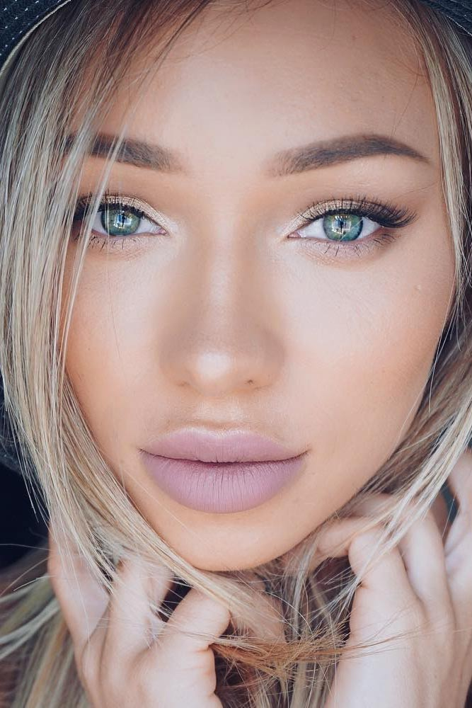 Stunning Natural Look for Girls with Blue Green Eyes