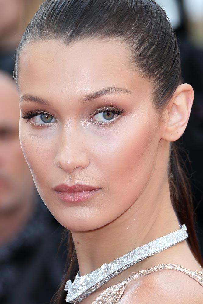 Natural Makeup With Soft Shimmer Shadow #bellahadid #model