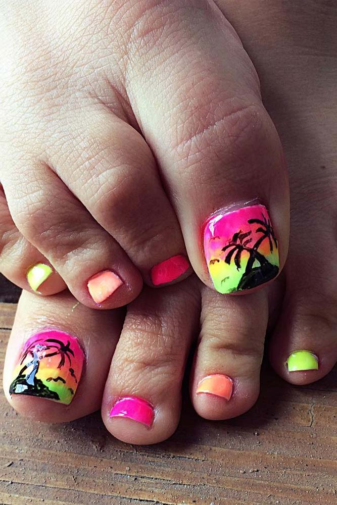 Lovely Toe Nail Designs picture 1