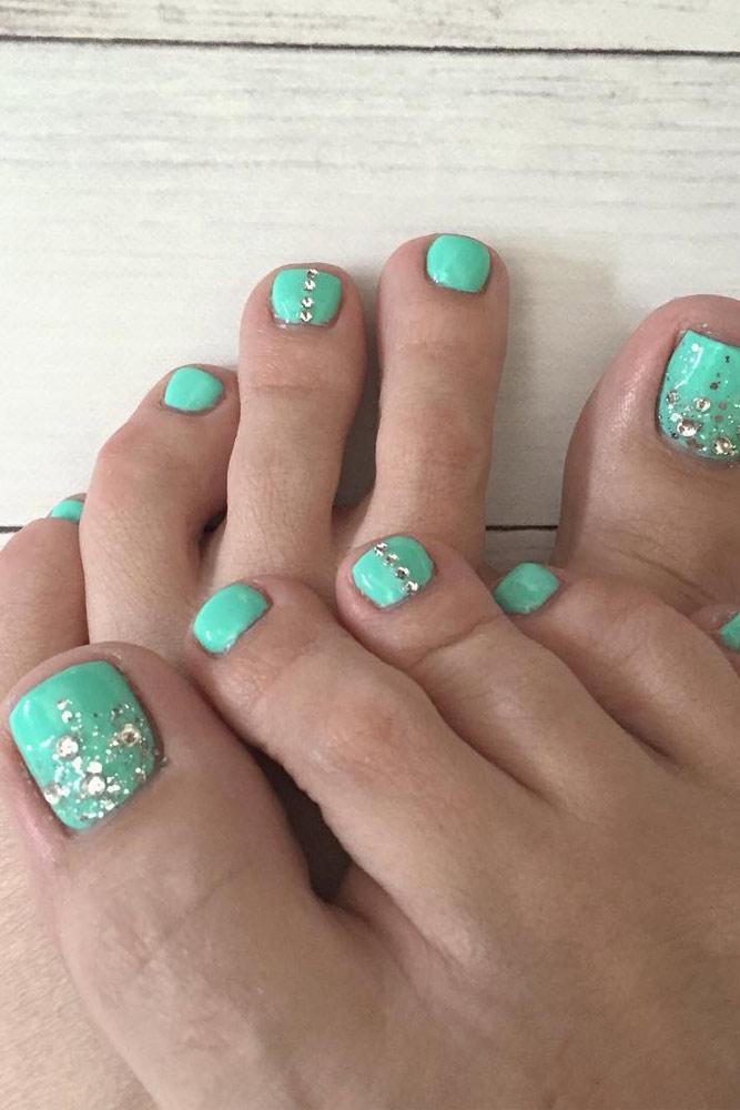 21 Pretty Toe Nail Designs for Your Beach Vacation - 21 Pretty Toe Nail Designs For Your Beach Vacation Glaminati
