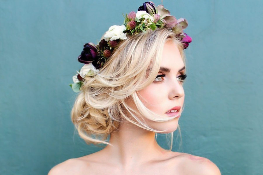Romantic Hairstyles with Flower Crown