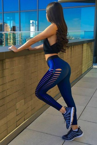 Sexy Yoga Pants picture 4