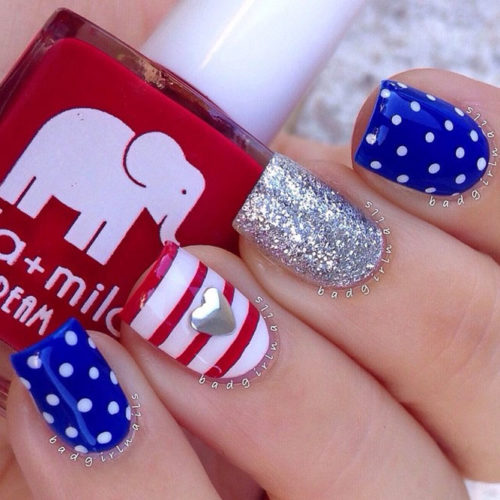 Festive Red White and Blue Nail Designs picture 2