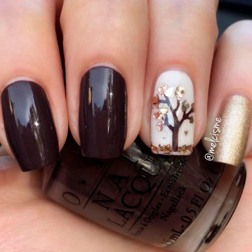 Chic Nail Design With Tree Art #glitternails #shortnails #fallnails