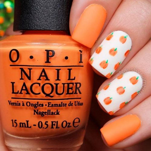 Pumpkin Fall Nail Art #fallnails #prettynails #shortnails